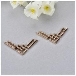 Mamak Beans - Cutout Collar Pin
