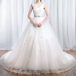 LYRA - V-Neck Sleeveless Wedding Ball Gown With Train