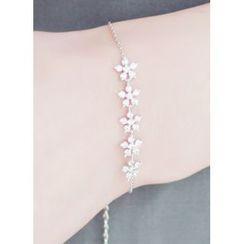 kitsch island - Rhinestone Floral Bracelet