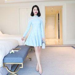 Emeline - 網紗拼接A字蕾絲連衣裙