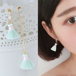 Bmuse - Tasseled Non-Matching Earrings