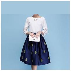 草莓花朵 - 套装:七分袖上衣+印花A字裙