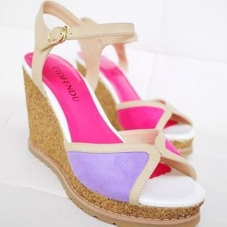 SV Footwear - Two-Tone Wedge Sandals