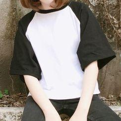 Lyrae - 插肩中袖T恤