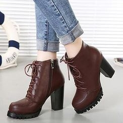 Mancienne - Lace-Up Chunky-Heel Ankle Boots