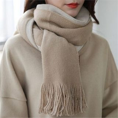 CHICFOX - Two-Tone Fringed Scarf