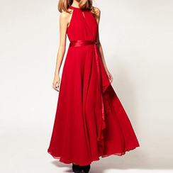 Dream a Dream - Cutout-Shoulder Chiffon Gown