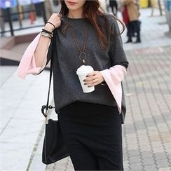 CHICFOX - Slit-Sleeve Color-Block T-Shirt