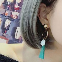 Abigail - Triangle Non-Matching Drop Earrings