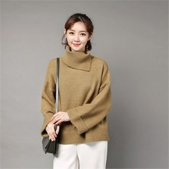 Styleberry - Turtle-Neck Wide-Sleeve Sweater
