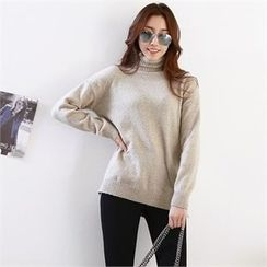 PIPPIN - Turtle-Neck Knit Top
