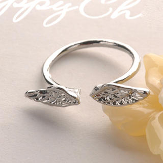 Fit-to-Kill - Angel Wings Ring