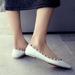 Pangmama - Faux-Leather Pointy Studded Flats