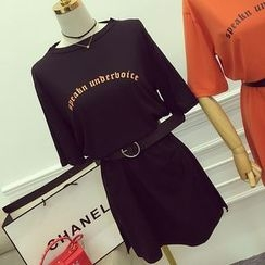 Octavia - Short-Sleeve Lettering T-Shirt Dress