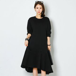 FASHION DIVA - Ruffle-Hem Brushed-Fleece Lined Midi Dress