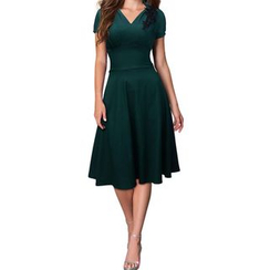Forest Of Darama - V-neck Short-Sleeve Dress