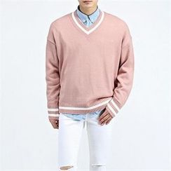 THE COVER - V-Neck Knit Top