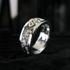 Sterlingworth - Hand Made Engraved Sterling Sliver Ring