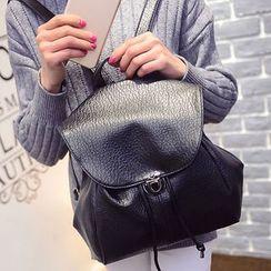 Clair Fashion - 韩版蝙蝠抽绳钮扣皮革后背包
