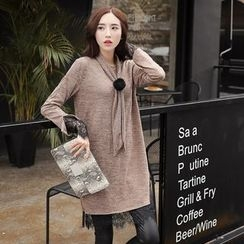 Romantica - Necktie-Accent Knit Tunic