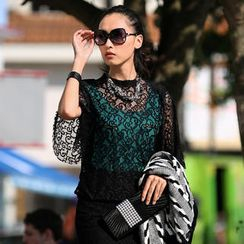 SO Central - Elbow-Sleeve Lace Top