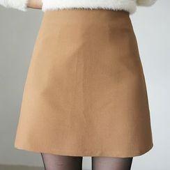 CLICK - Zip-Back Miniskirt