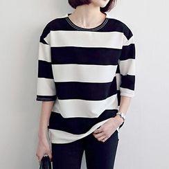 Seoul Fashion - 3/4-Sleeve Striped T-Shirt