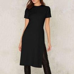 Obel - Slit Side Short-Sleeve A-Line Dress