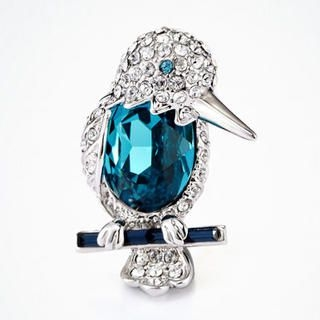 Moonbasa - Rhinestone Bird Brooch