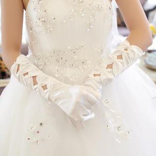 Luxury Style - Bow Bridal Gloves