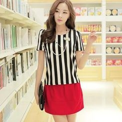 Jack Grace - Set: Striped Top + Bow-Accent Skirt