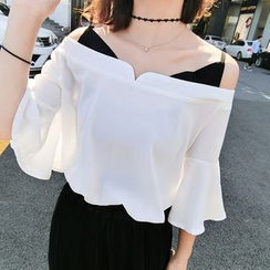 Jolly Club - Off-Shoulder Blouse