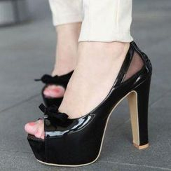 Mancienne - Bow-Accent Platform Pumps
