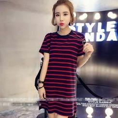 Oaksa - Striped T-Shirt Dress