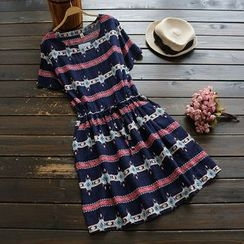 YOYO - Short-Sleeve Printed Dress