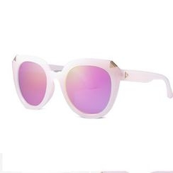 MOL Girl - Cat Eye Sunglasses
