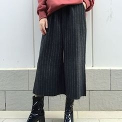 Windflower - Striped Wide-Leg Cropped Pants