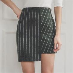 ERANZI - Asymmetric-Hem Striped Mini Skirt