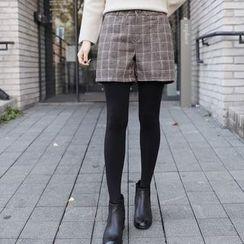 CLICK - Wool Blend Check Shorts