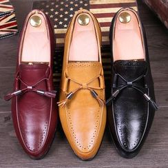 Hipsteria - Faux Leather Tassel Loafers