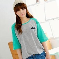 Cocopop - Reglan Elbow-Sleeve Mustache Brooch Top