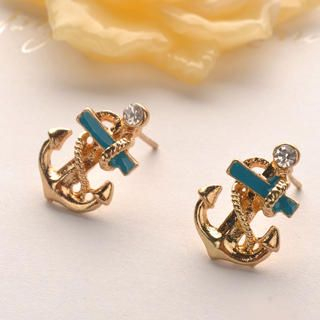 Fit-to-Kill - Sailor anchor Earring