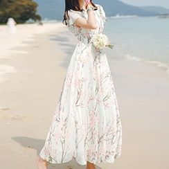 Donnae - Short-Sleeve Floral Maxi Dress