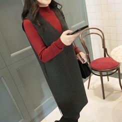 CLICK - Sleeveless V-Neck Dress
