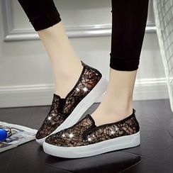 Tania - Lace Slip Ons
