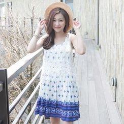 Tokyo Fashion - Patterned Sleeveless Dress