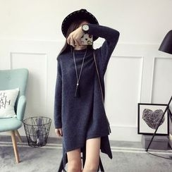 Qimi - Long-Sleeve High Neck Slit Knit Dress