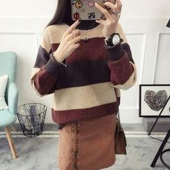 Qimi - Color Block Sweater