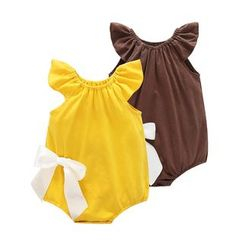 MOM Kiss - Baby Bow Frilled Bodysuit