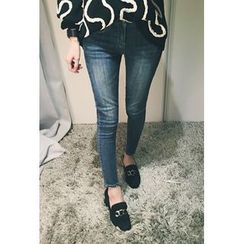 ATTYSTORY - Distressed Washed Skinny Jeans